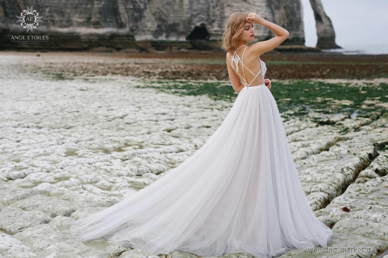 208f6bdb541 Свадебное платье